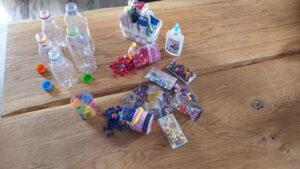 Μπουκάλια, glitter και παιχνίδι_2