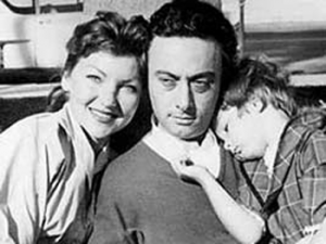 Lenny-Bruce-and-Family