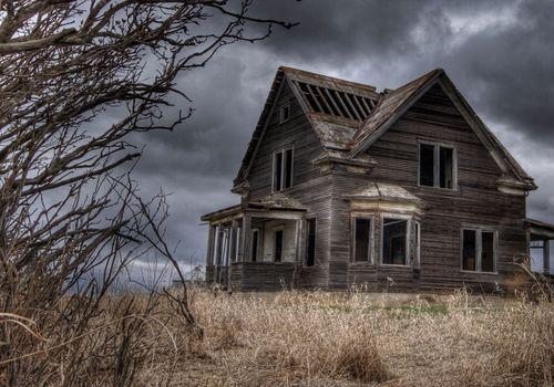 creepy-house